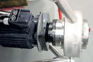 kortsluitankermotor met tandwielkast